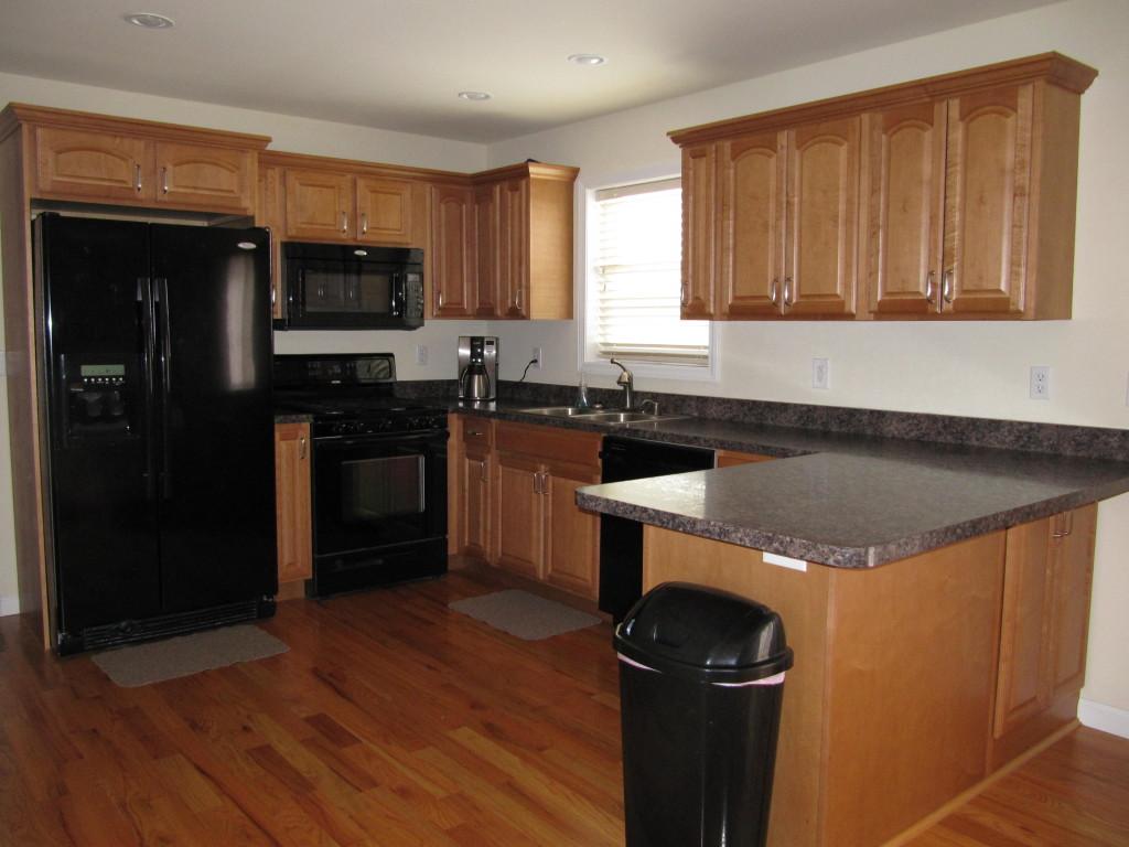 487FR-Kitchen (2)